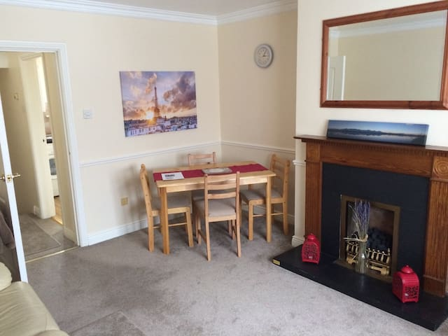 Townhouse perfect for couples/business travellers.