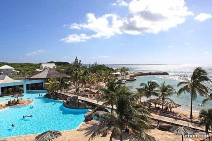 Studio de rêve aux Caraïbes vue mer au Manganao 3*