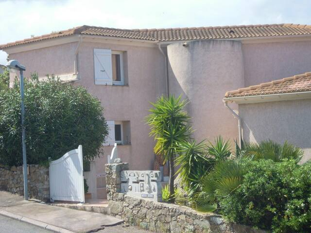CasaYaca. 1600€/semaine - L'Île-Rousse - Villa