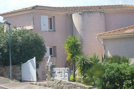 CasaYaca. 1600€/semaine - L'Île-Rousse - 別荘