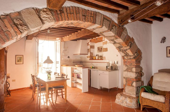 Il Castello Gavorrano, (Gavorrano), Ferienwohnung Corsica mit Garten, 60qm und 1 Schlafzimmer für 2 bis 4 Personen