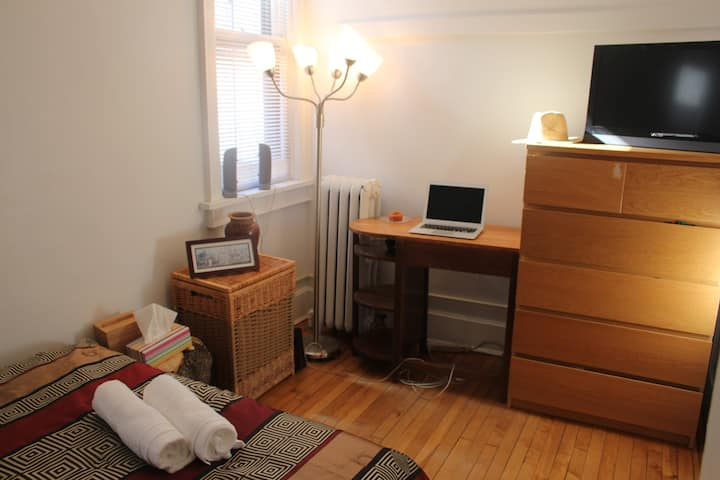 Comfy room, Trendy east side, you will love it!