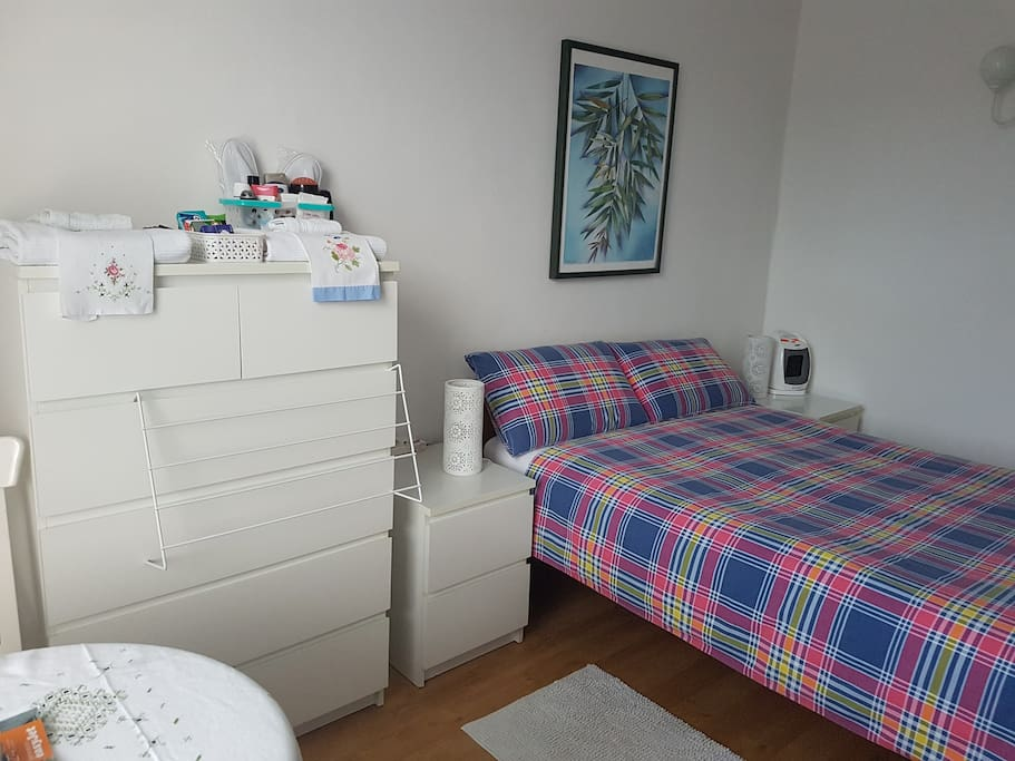 Lots of storage, supplementary heating as well as central heating, comfortable bed.