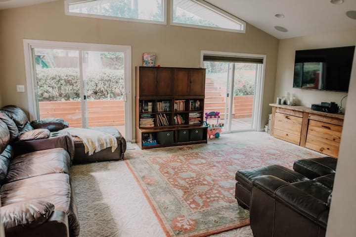 Private, 4B/3BR Family Oasis that Feels like Home.