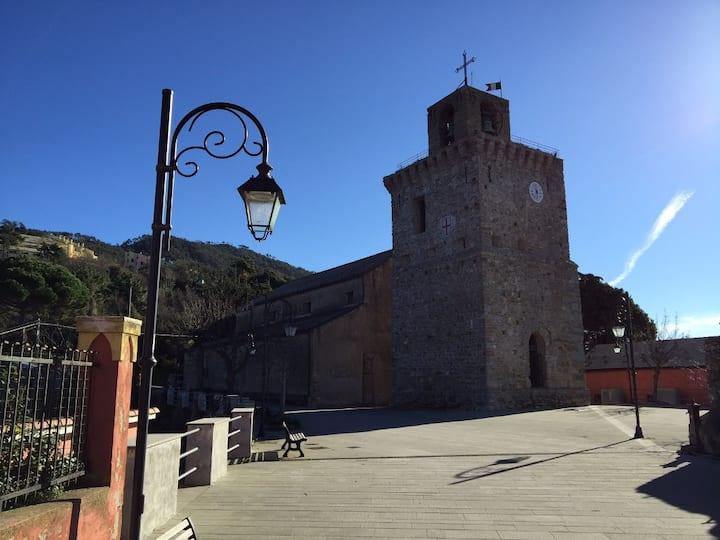 Framura Costa torre Framura carolingia