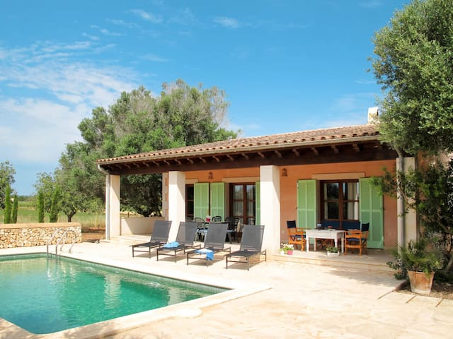 Holiday House Son Pau for 6 persons in Porreres