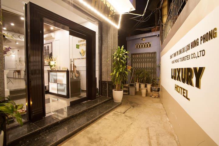 Luxury Hotel - Cửa Nam - Bed & Breakfast