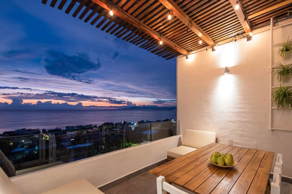 Relax in the Shimmer of the Bay from the Terraza - 4th Level