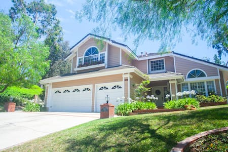 Private Room in Safe, Secluded San Dimas Community