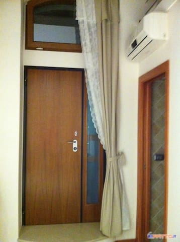 Grazioso Bilocale Centro Città - Manfredonia - House