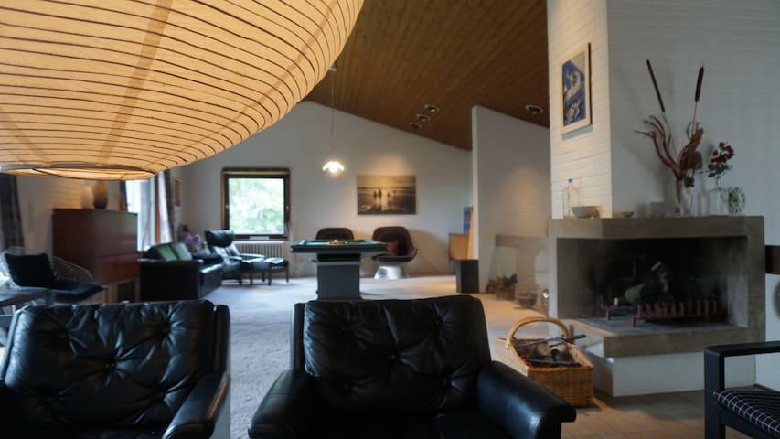 70m² großes Wohnzimmer