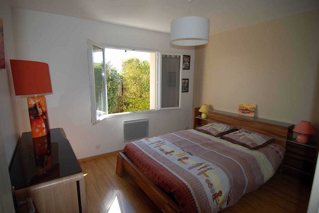 ch 2p d co soign e poele nordique houses for rent in niort poitou charentes france. Black Bedroom Furniture Sets. Home Design Ideas