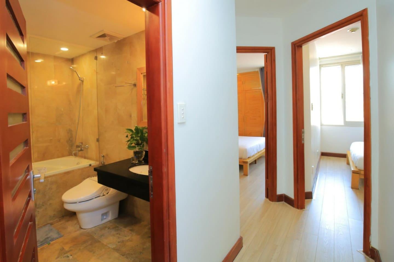 2 Bedrooms Kim Ma, Metropolis, Lotte, Daewoo,