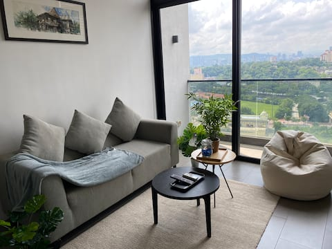 Loop Suites|KL Sentral|Bangsar|Midvalley|4 Pax@EST