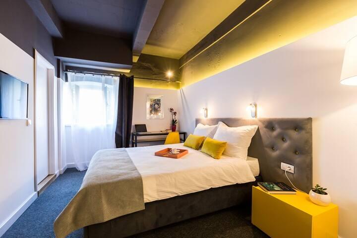 Bohemian suite 7