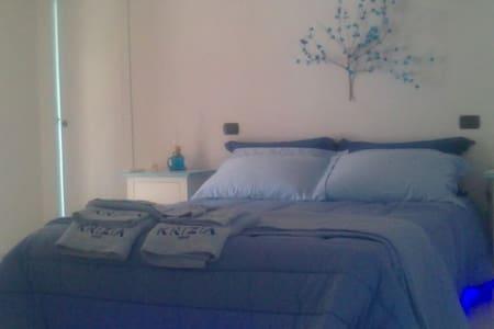 Lovely appartamento in villa - Villaggio Delle Rose - Willa