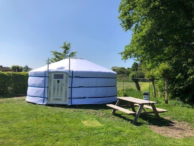 Romantische Yurt met wellness