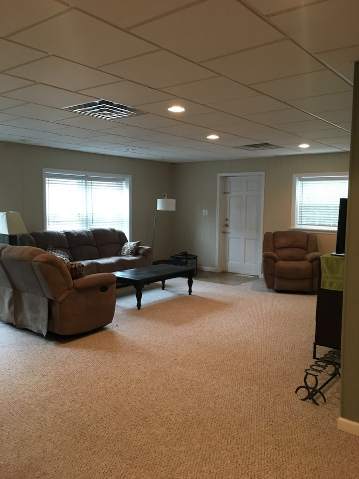 Quiet Augusta basement apartment w/private entry