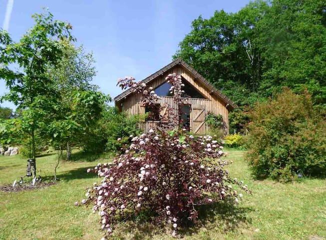 CHALET GÎTE MONTS D'AMBAZAC - Jabreilles-les-Bordes - Maison