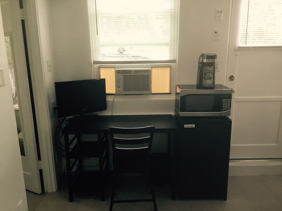 A/C unit, heat, Small HDTV/WIFI, Microwave, Fridge, Coffee Maker (K-Cups or Ground Coffee)