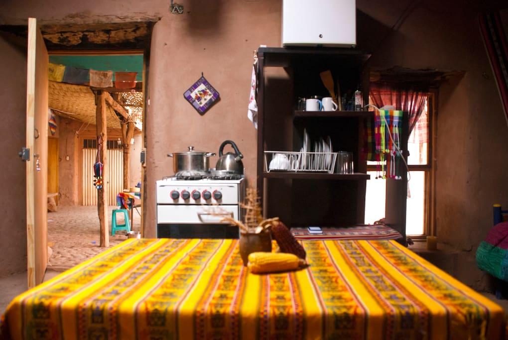Cocina y comedor/Patio compartido