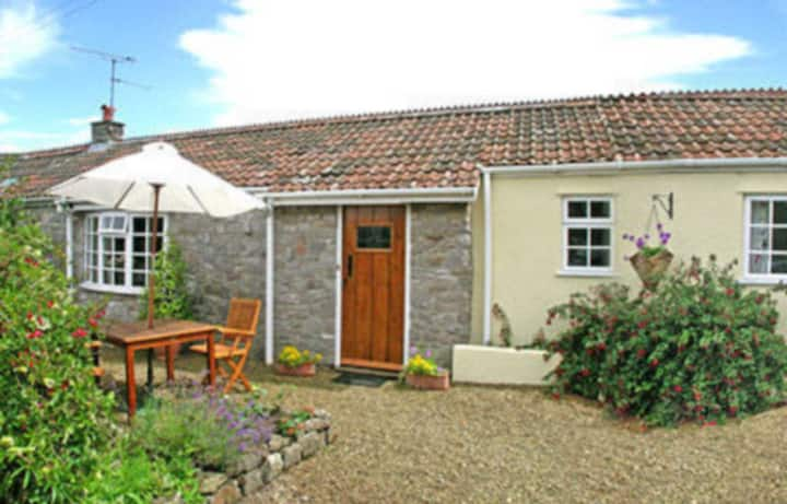 Cow Cottage (W41638)