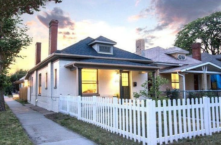 Adorably Updated Bungalow In an Awesome Location!