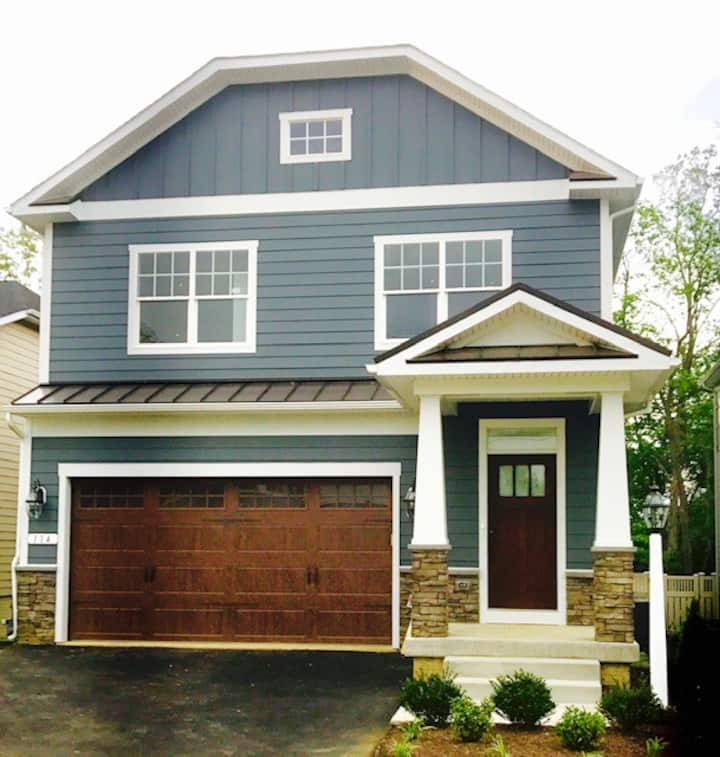 Beautiful new construction in Annapolis