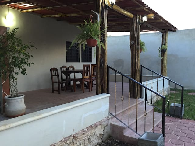 Home w/ Pool 1km from Historic Main Plz - Valladolid