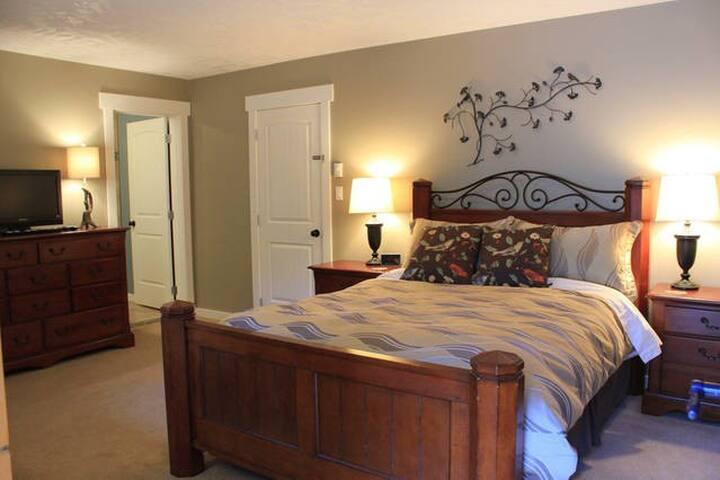 Owls Nest Suite - Ladysmith - Bed & Breakfast