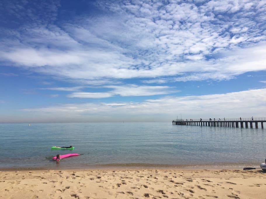 Dromana beach, 10 minute drive (beach by morning)