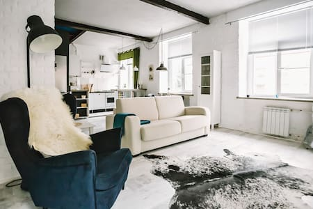 Loft in the centre of Tver' - Loteng Studio