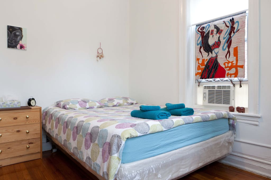 Lovely 1 Bedroom Heart Of Astoria Apartments For Rent In