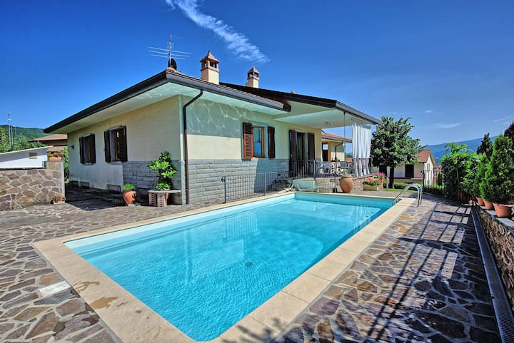 Villa Pratovecchio - Holiday Villa Rental in Casentino Valley