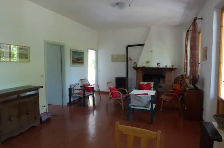 Zentral und ruhig gelegenes Haus