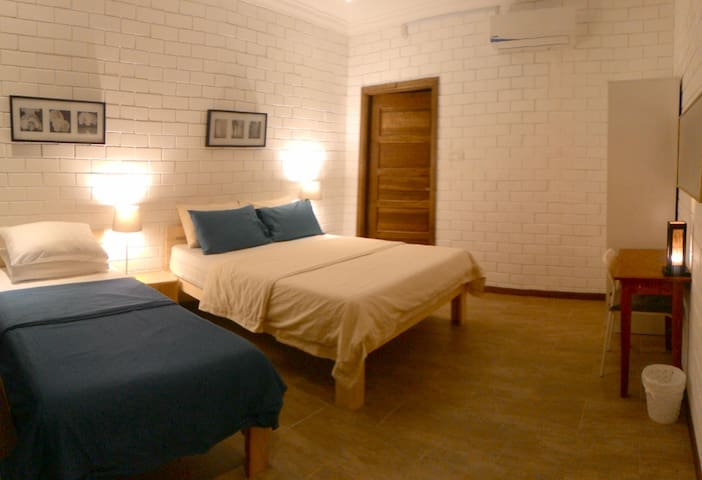 Escape Bed N Beach Breakaway Triple Room