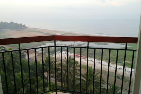 Furnished beach flat.. sleeps 4 - Kozhikode