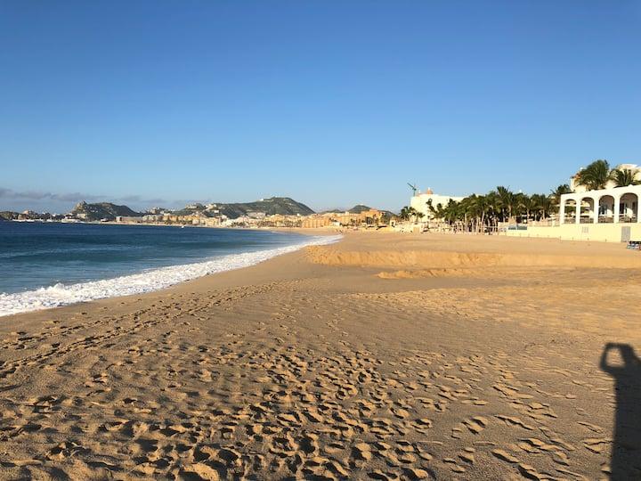 Super ubicación en Cabo San Lucas , Medano, Arco