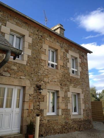 Charmante Maison à la campagne - Saint-Michel-de-Plélan