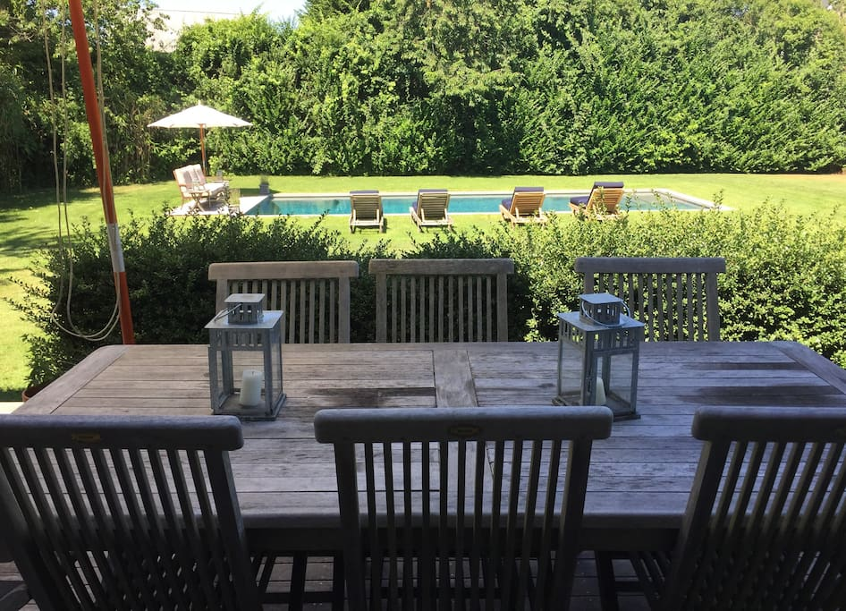 Outdoor Dining and View of The Pool