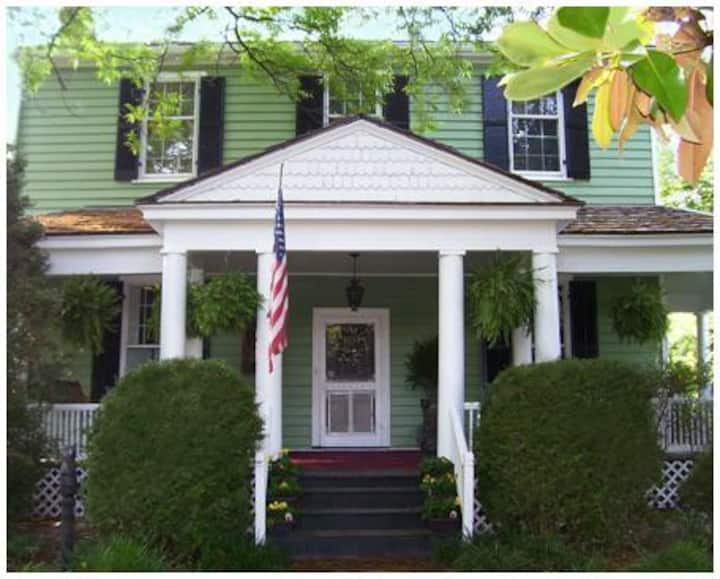 The Tacrea House