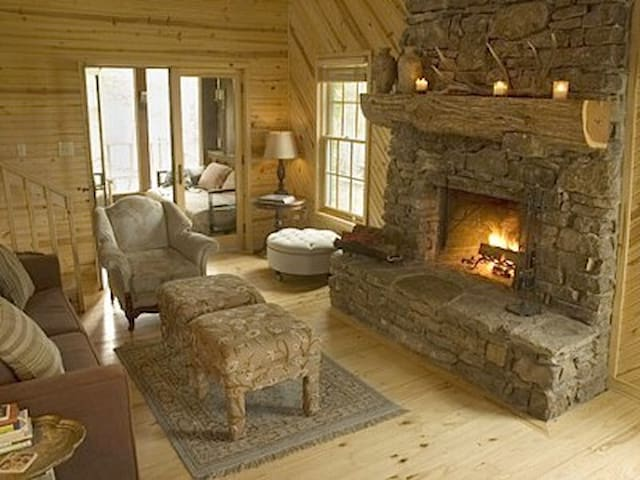 Charming Cabin on the Little Red - Pangburn - Houten huisje