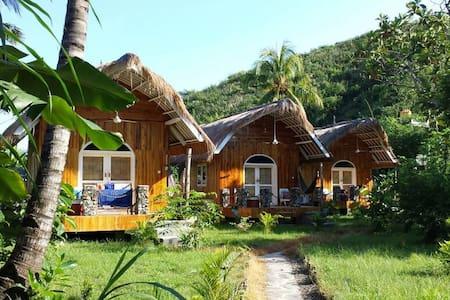 Drop In Surf Lodge & Café (3) - Kuta