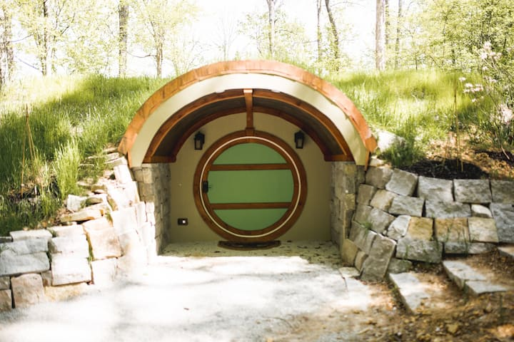 Wee Nook- a Hobbit Hole