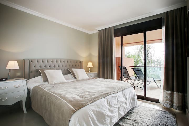 Luxury Apartment on 6*GolfCourse 15min PuertoBanus - มาร์เบลล่า