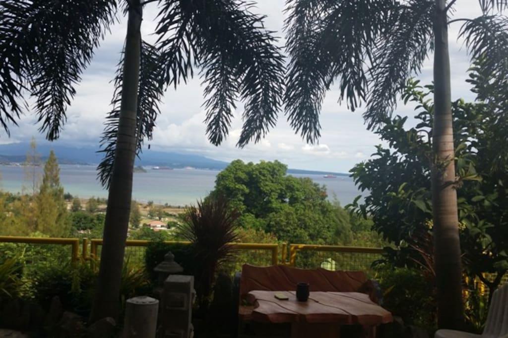 Sitting Area Garden View
