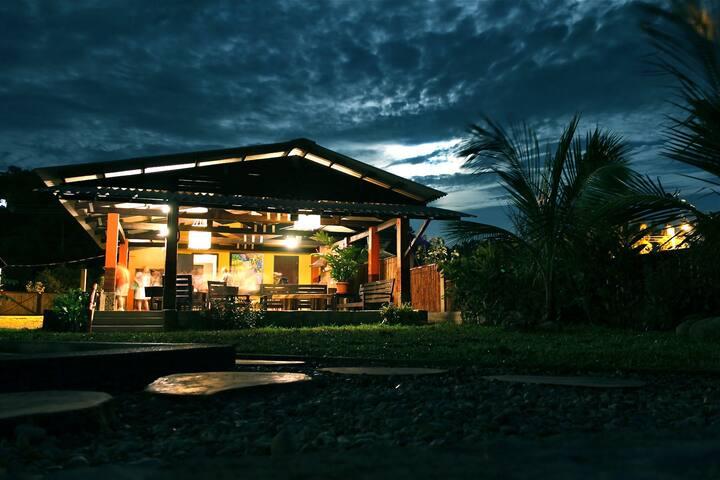 Cozy Farm House + Beautiful Beach - Manglaralto - Casa