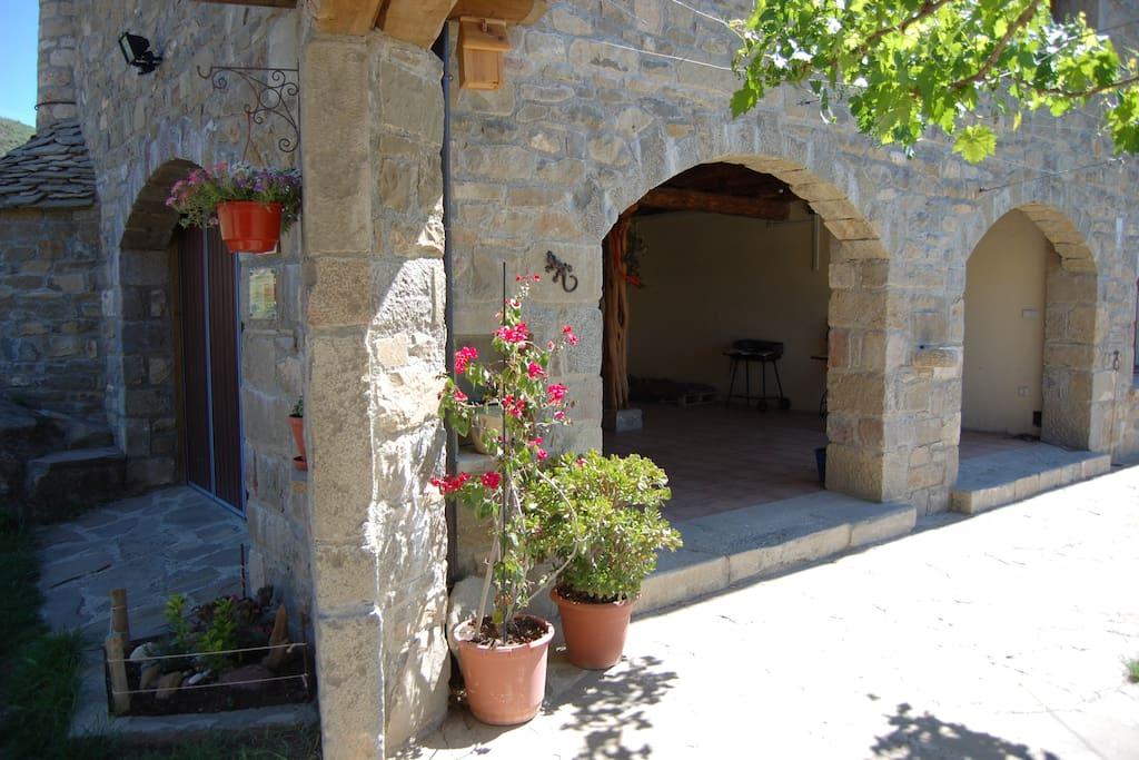 La casa construida con materiales ecológico s