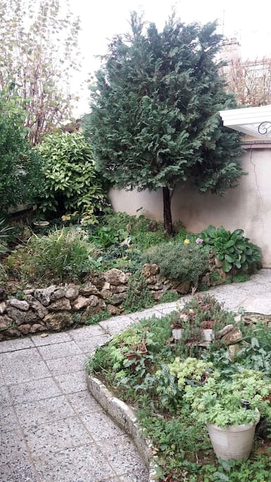 Petit jardin privatif