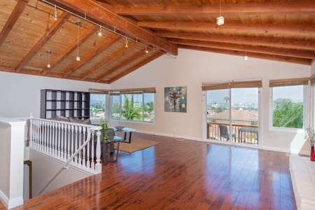 MEGA SALE c dates 4 $-Penthouse FAB180*Bay Views - San Diego